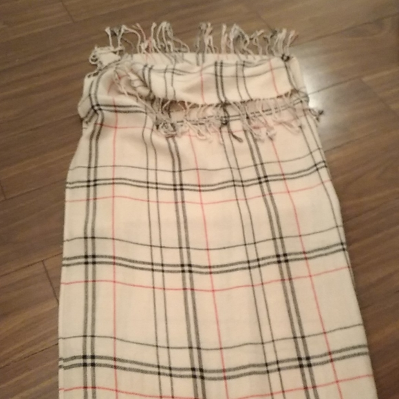 Burberry cotton scarf